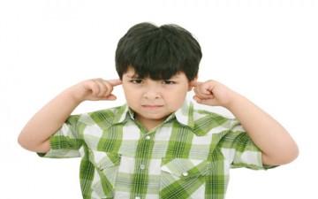 التربية السلبية والنقد التربوي