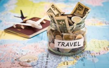 طُرق لتوفير المال أثناء السفر