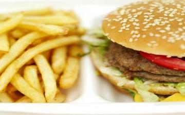 كيف نتفادى الإفراط في الأكل؟