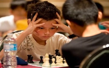 طفل شديد التنافس مع أقرانه