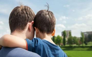 «الانتقاد البنّاء» مفيد جداً لأولادك