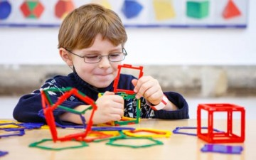تأثير المشاكل في الأطفال الموهوبين