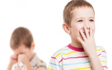 دور الوالدين في النزاع بين الإخوة