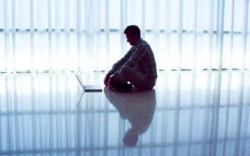 أعراض إدمان الإنترنت