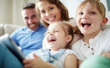 أطفالنا يسعدوننا.. لما لا نمتعهم؟