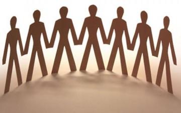 المجتمع بين الضبط والتوجيه