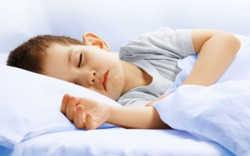 مساعدة الطفل في الحصول على إيقاع نوم صحي