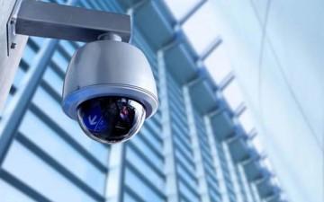 الصين تطور كاميرات تجسس خارقة تحدد هويتك وسط آلاف الناس