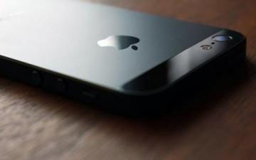 آيفون 6 قادم بشاشة 5 بوصة