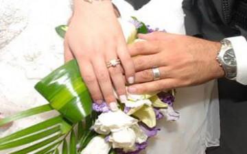 عريس يمهر عروسه بمسروقات لأبيها