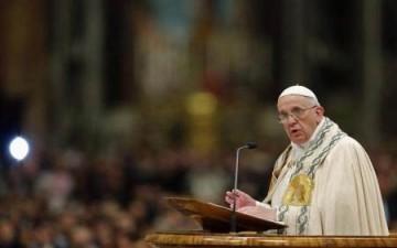 بابا الفاتيكان لا يعرف من يشجع في مباراة إيطاليا والأرجنتين