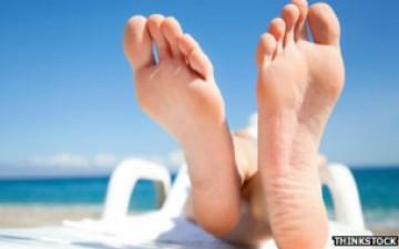 دراسة: قدم الإنسان موطن لأكثر من 100 فطر