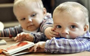 مظاهر الغيرة عند الطفل