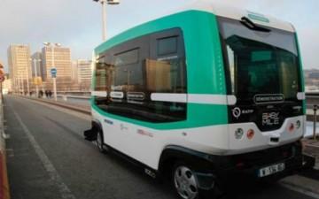 حافلات بدون سائق لمكافحة التلوث والزحام