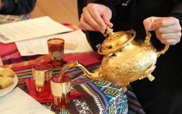 الشاي في ثقافة الصحراء المغربية