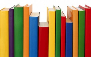 شراء الكتب.. لزوم الثقافة أم الوجاهة؟