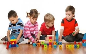 تنمية ذكاء الطفل ونشاطه بالألعاب