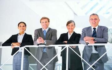 10 حلول لتحسين ولاء الموظف